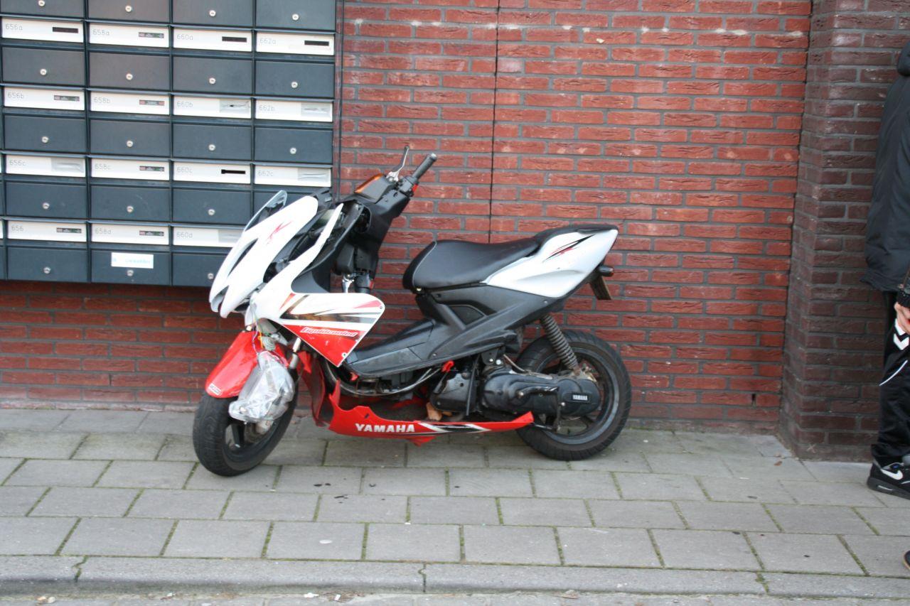 Scooter total loss bij aanrijding