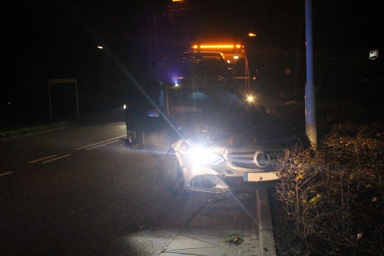 Veel schade bij ongeval op Rondweg