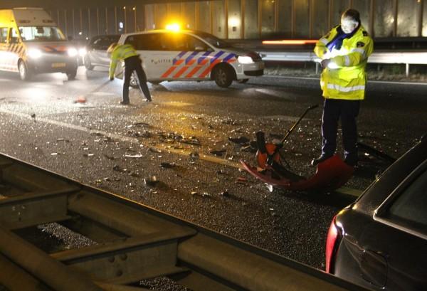 Vier auto's botsen op de A32 Heerenveen
