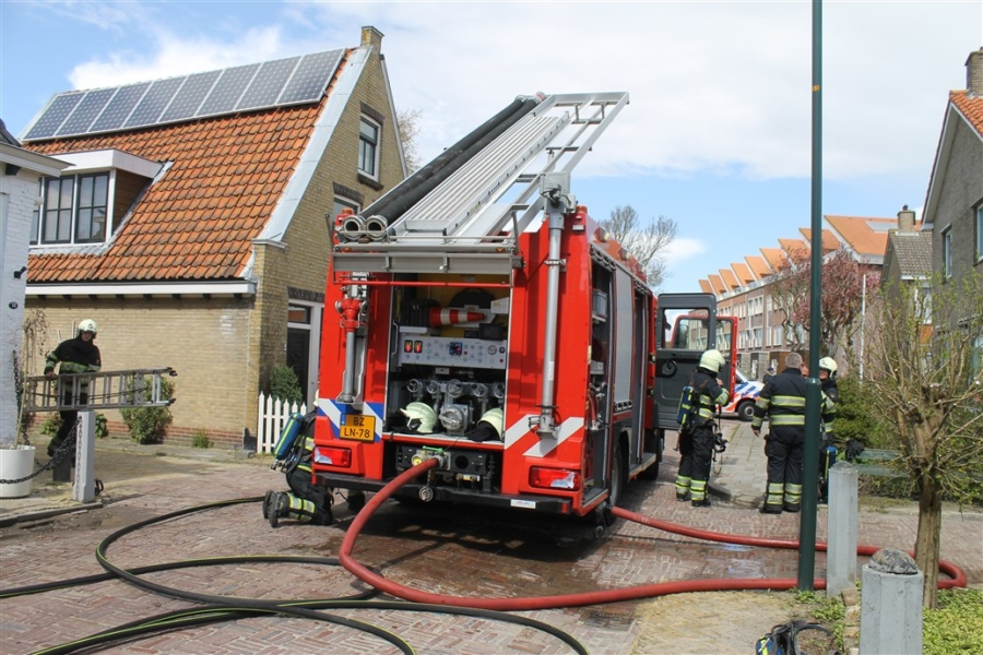 Woning loopt veel schade op na brand