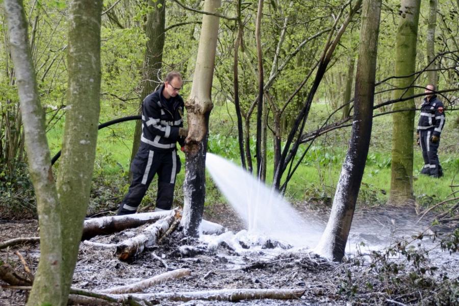 Natuurbrandje in recreatiegebied