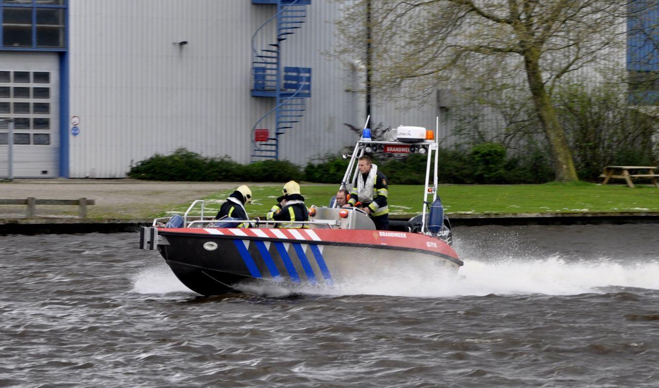 Brandweer ingezet voor catamaran in problemen