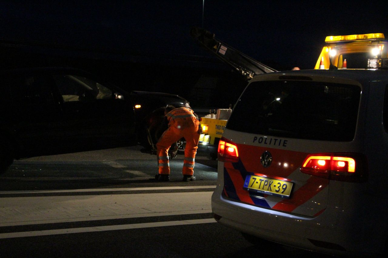 Auto's botsen op knooppunt Werpsterhoek