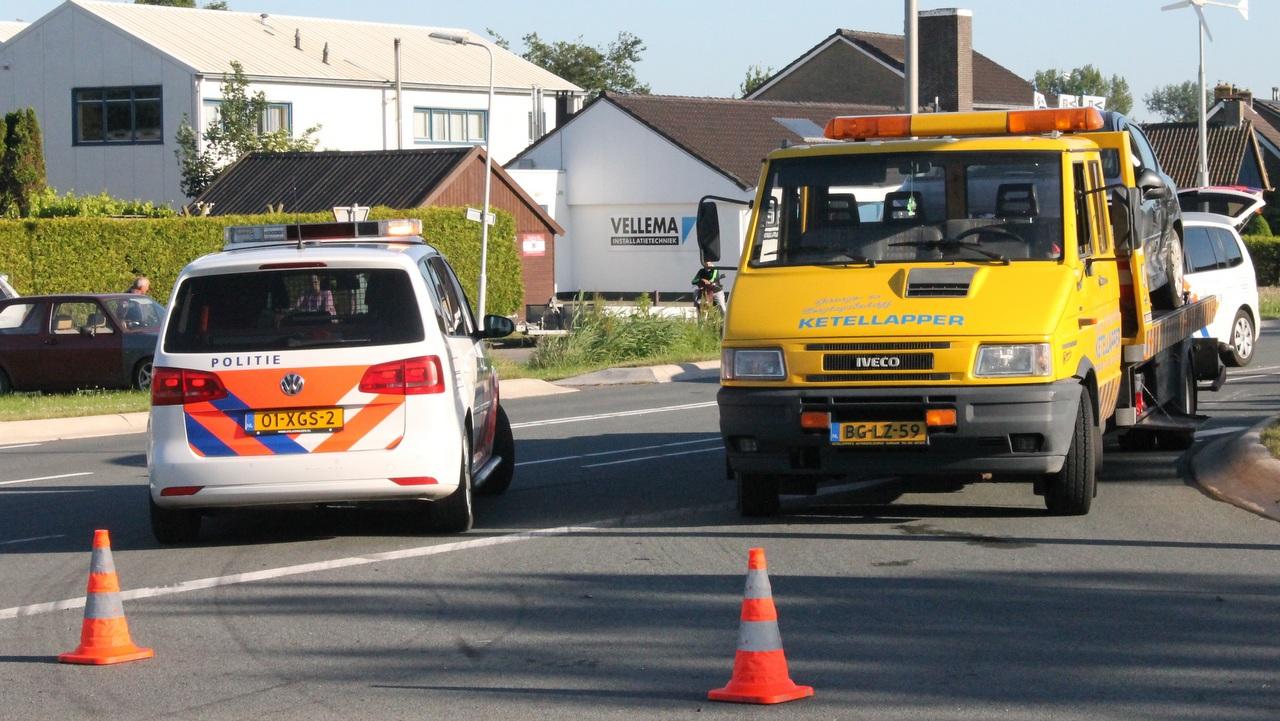 Twee personenauto's beschadigd bij ongeval