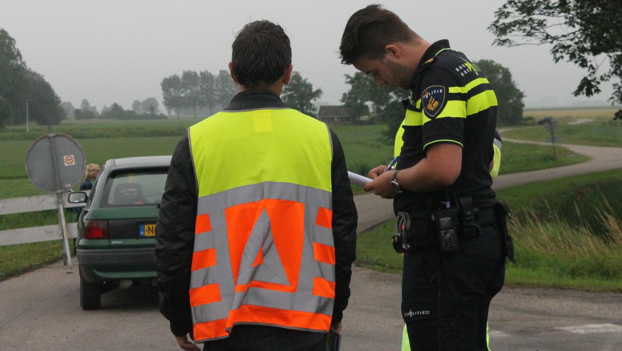 Verkeersregelaar opzettelijk aangereden door automobilist