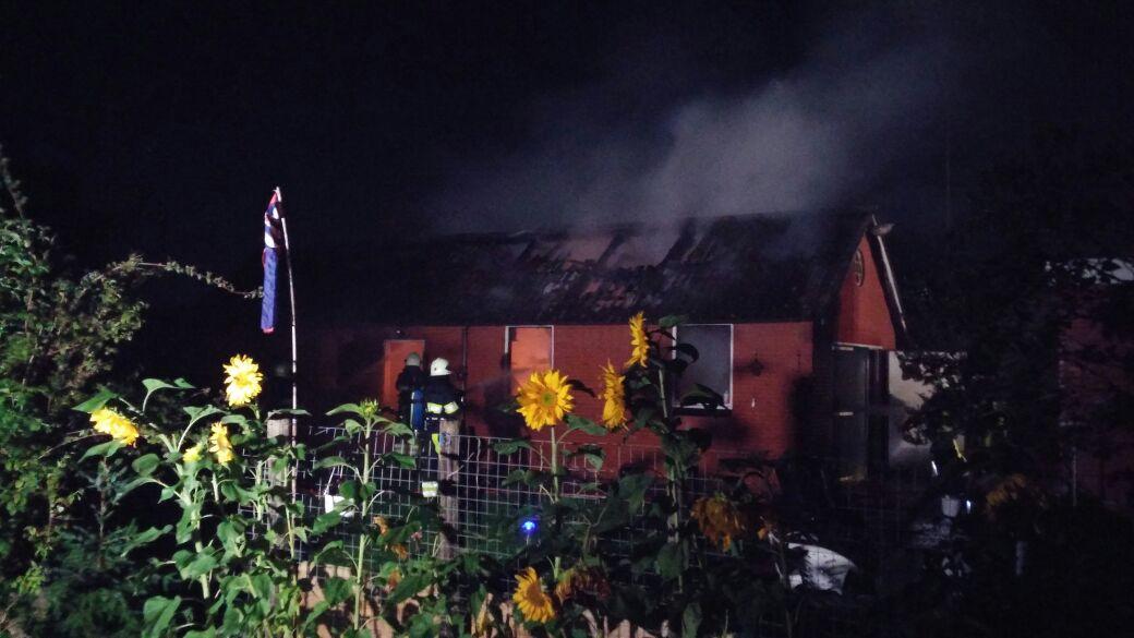 Asbest vrijgekomen bij felle brand garage