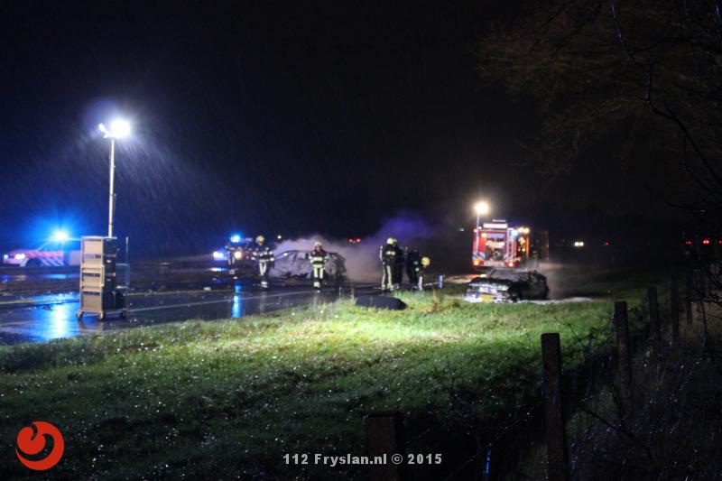 Auto's in brand bij dodelijk ongeval op de A32
