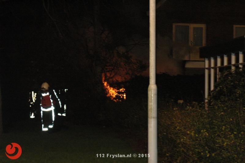 Schuurbrand overgeslagen naar woning