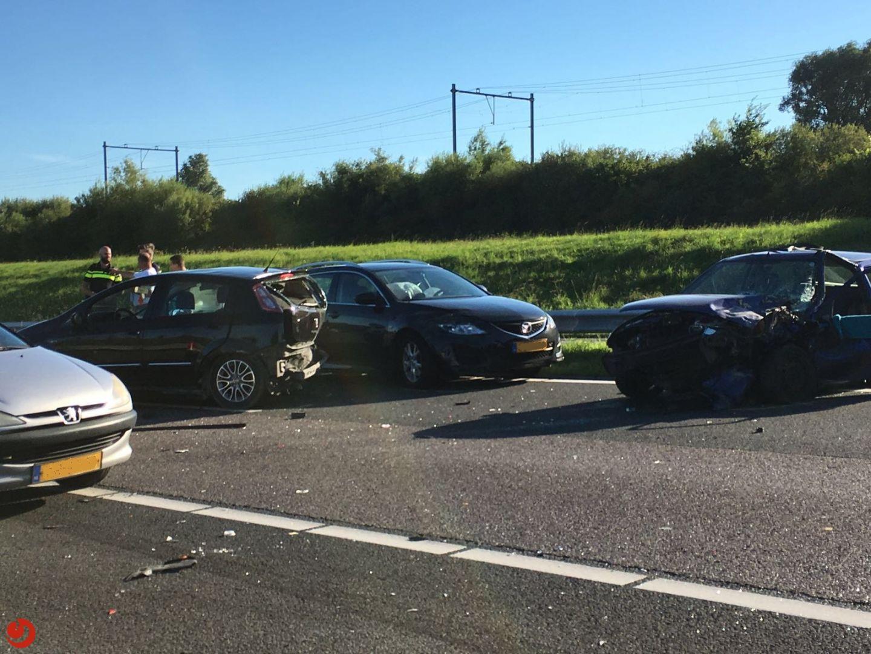 Ongeval met vier auto's op A32 door alcomobiliste