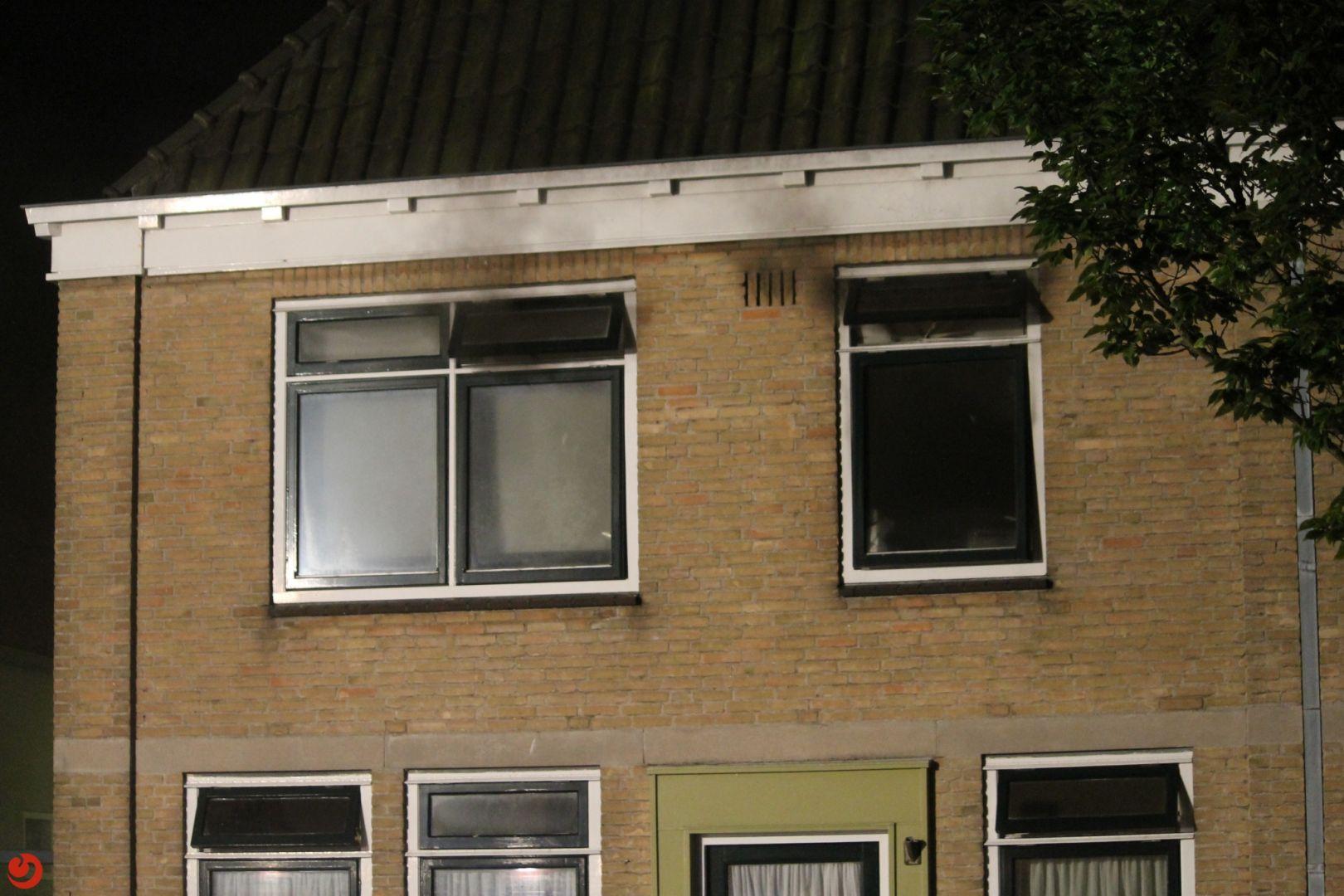 Veel rook bij woningbrand in centrum van Harlingen