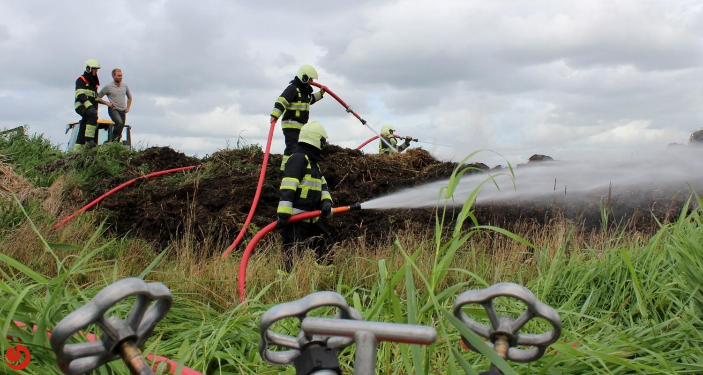 Buitenbrand veroorzaakt hinder in verkeer op rondweg Garyp N913