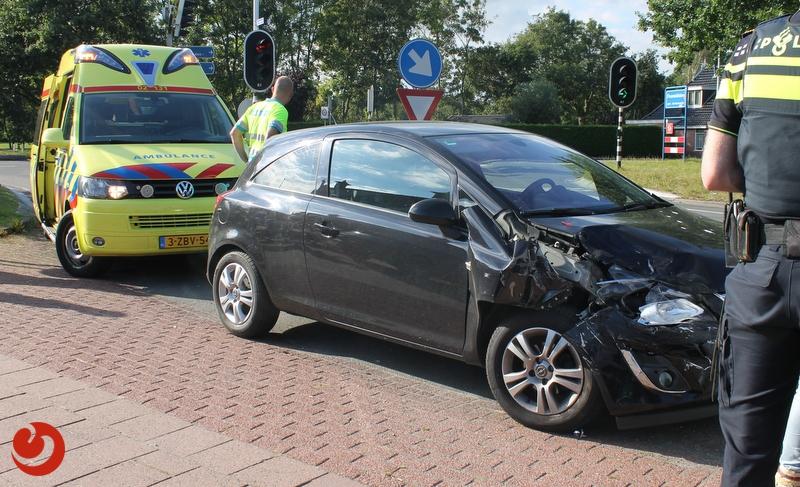 Twee kleine ongevallen op Woudweg Feanwâlden