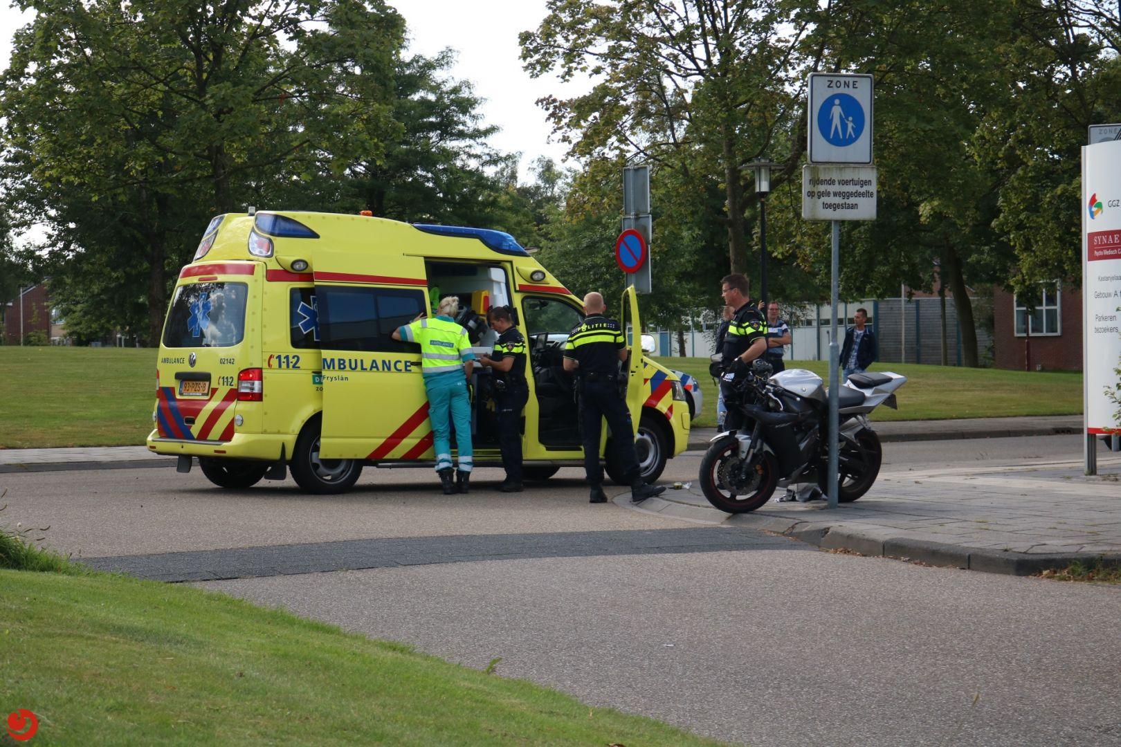 Motorrijder zonder rijbewijs gewond na aanrijding
