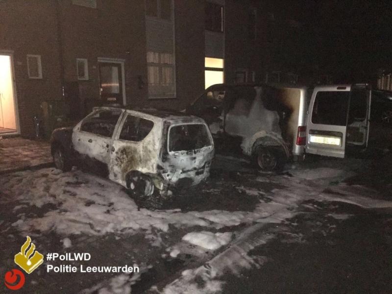 Twee auto's in brand gestoken: getuigenoproep
