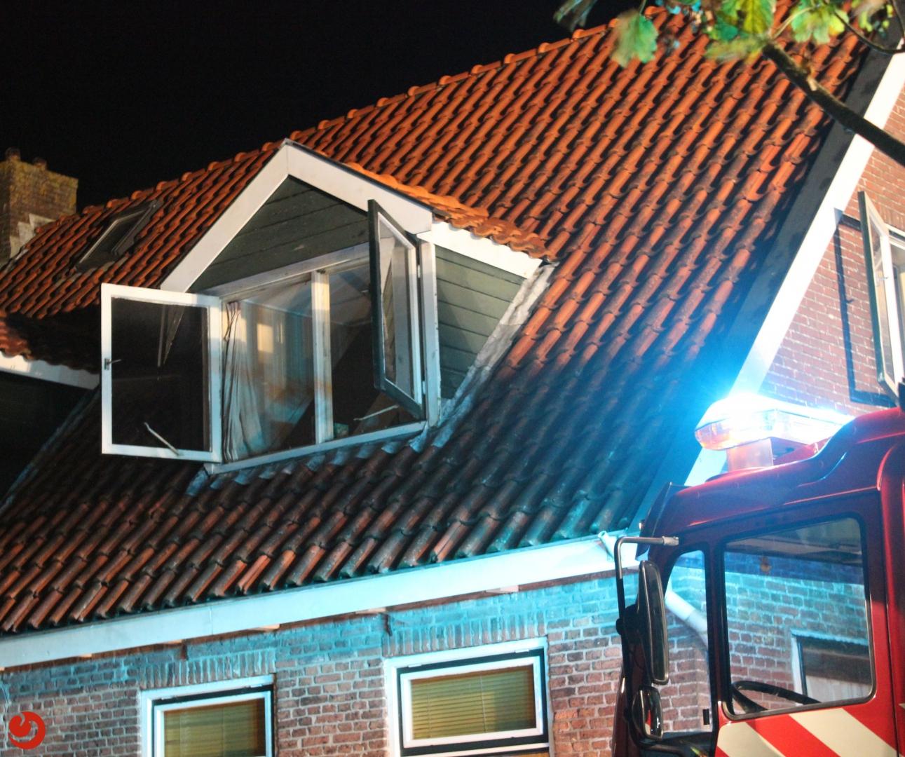Brand op bovenste verdieping van woning