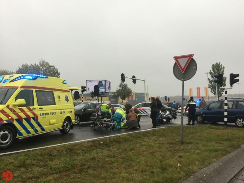 Motorrijder politie onderuit