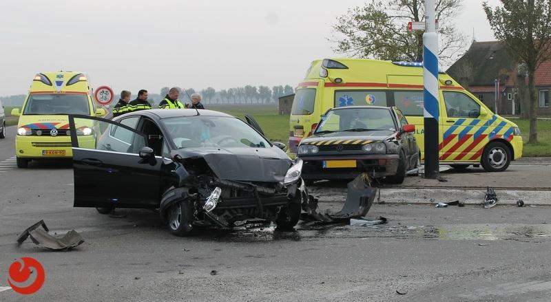 Automobilist(e) gewond na fors ongeval op kruising