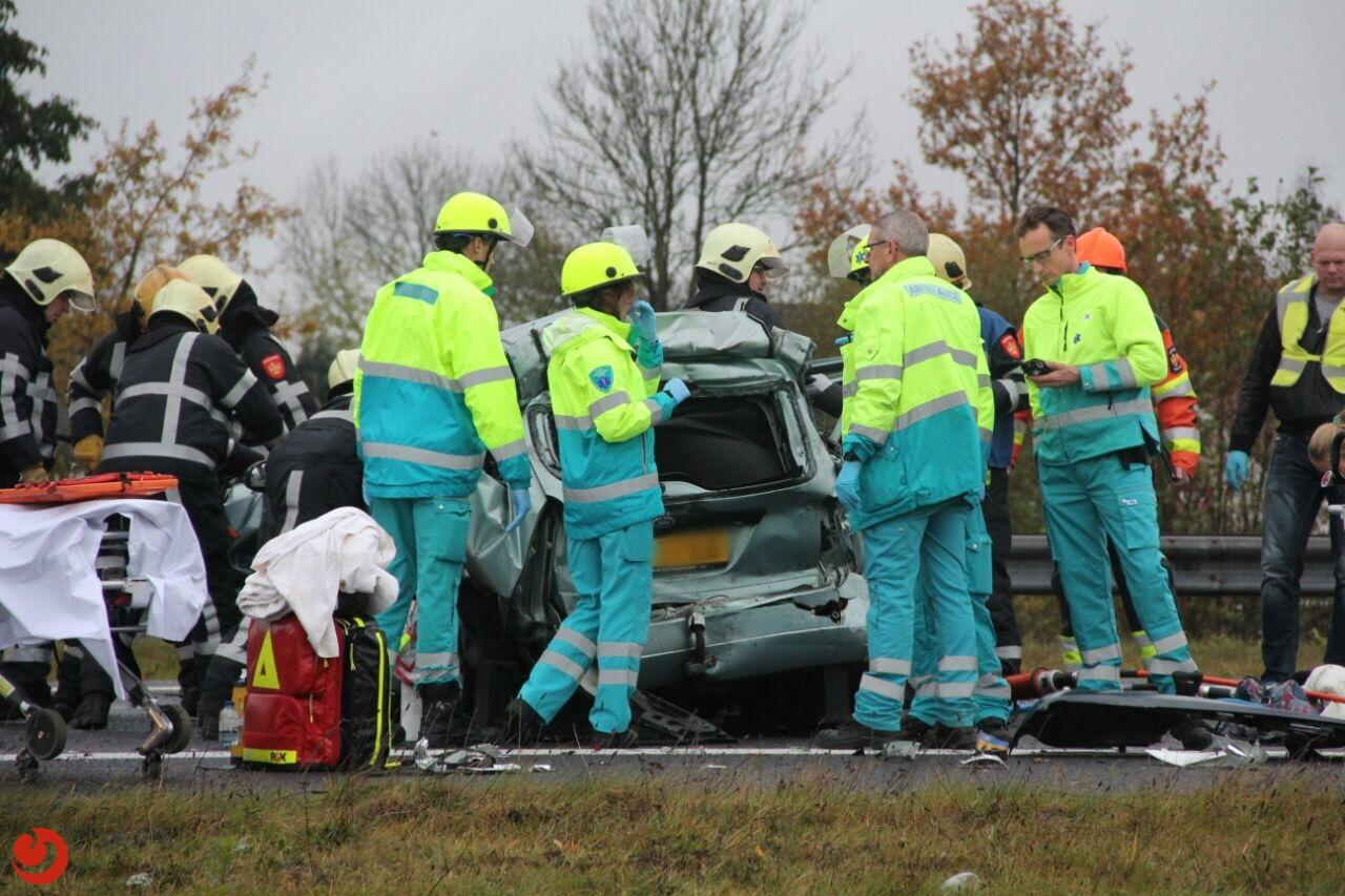 Drie gewonden na ernstig ongeval bij knooppunt Joure