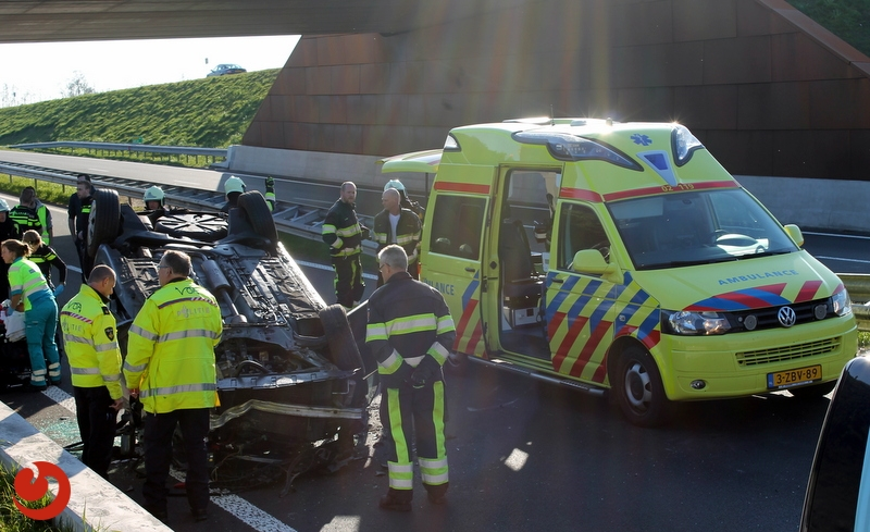 Automobilist(e) ernstig gewond bij ongeval op Centrale As