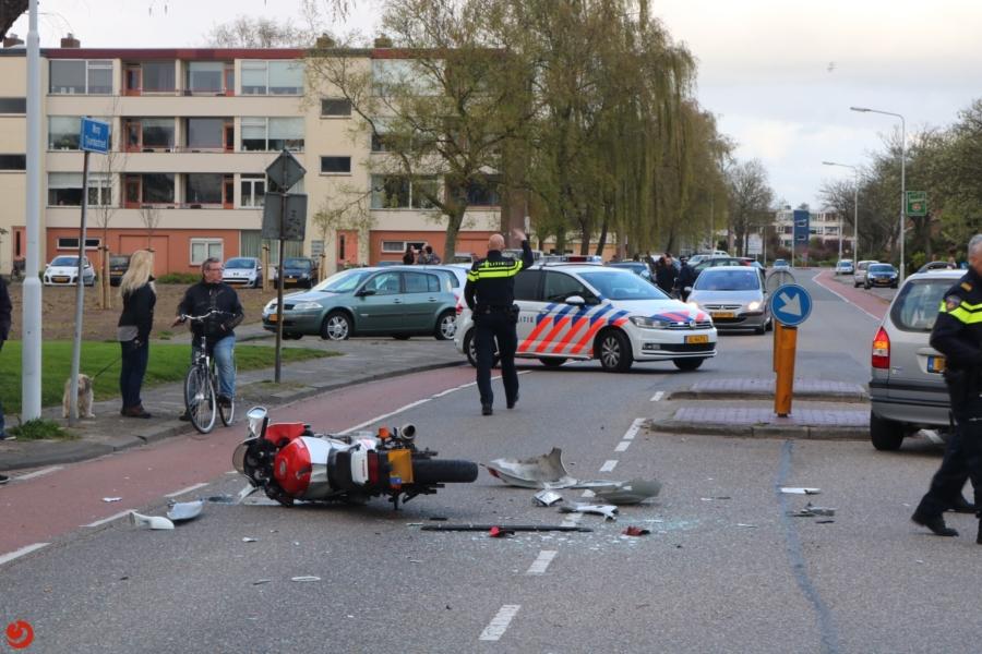 Kind gewond bij ongeval tussen auto en motor