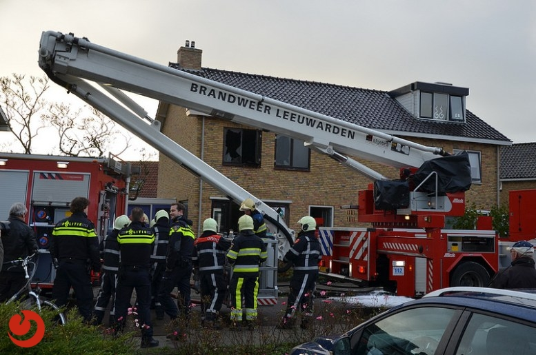 Bed in brand in woning