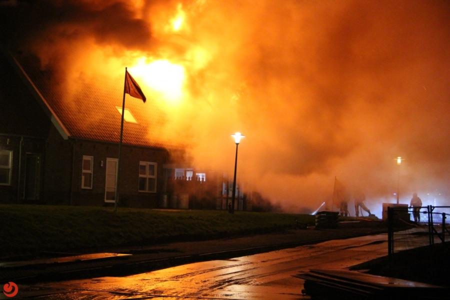 Herberg verwoest door grote brand
