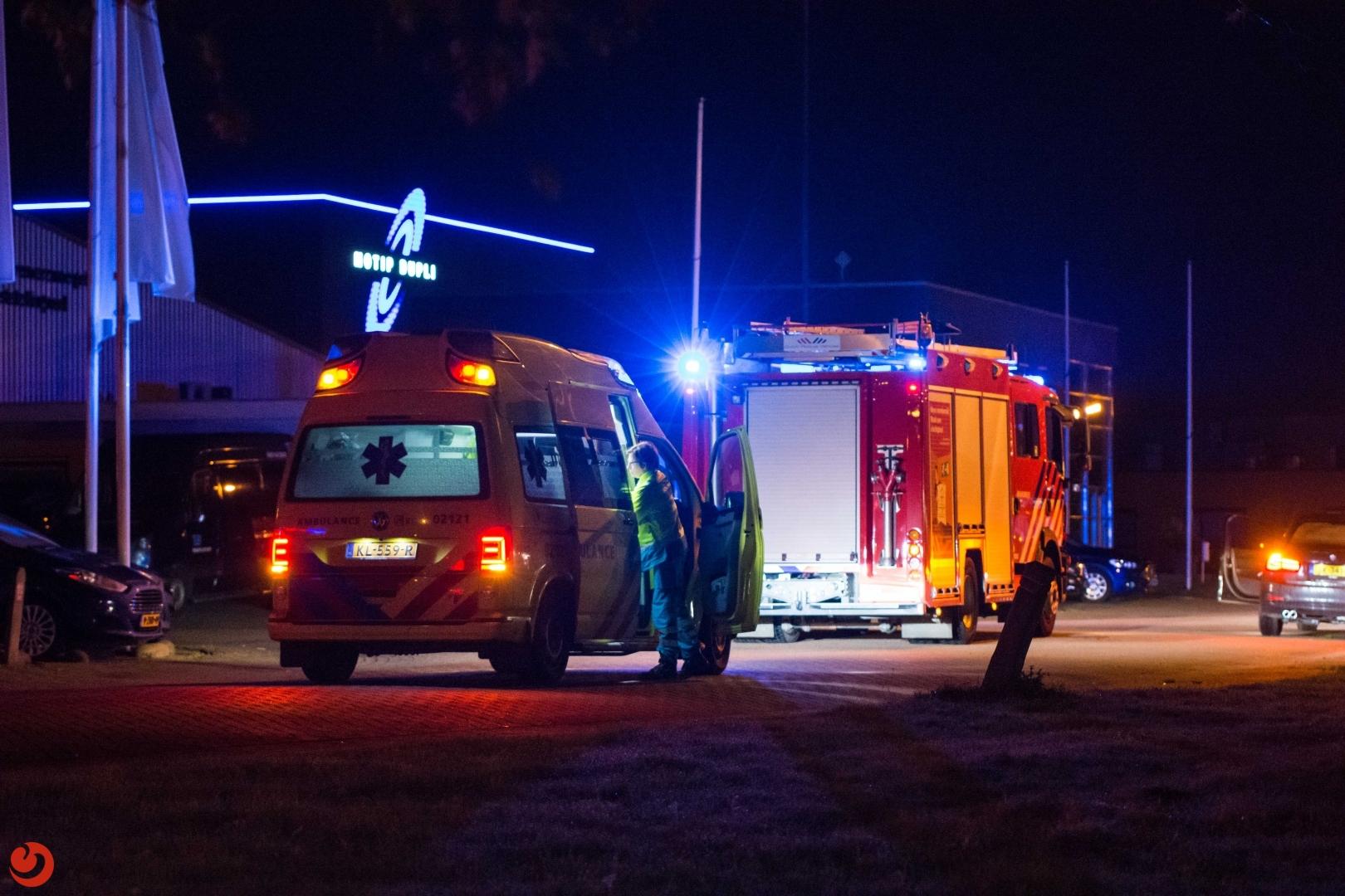 Massale inzet van brandweer na scheur in CO2-tank verffabriek Wolvega
