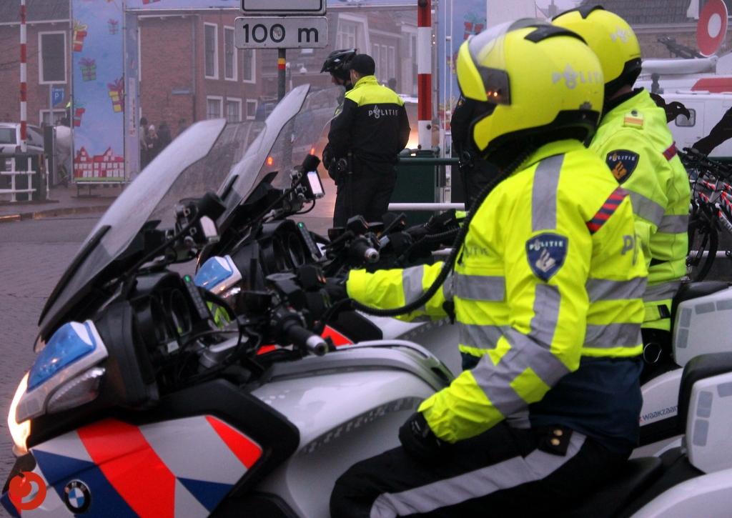 Politieagente krijgt trap in gezicht bij aanhouding