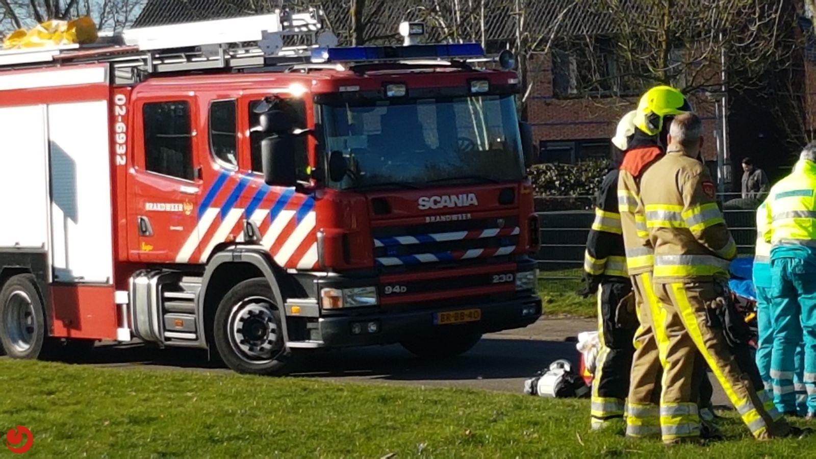 Twee gewonden bij frontale aanrijding in bocht