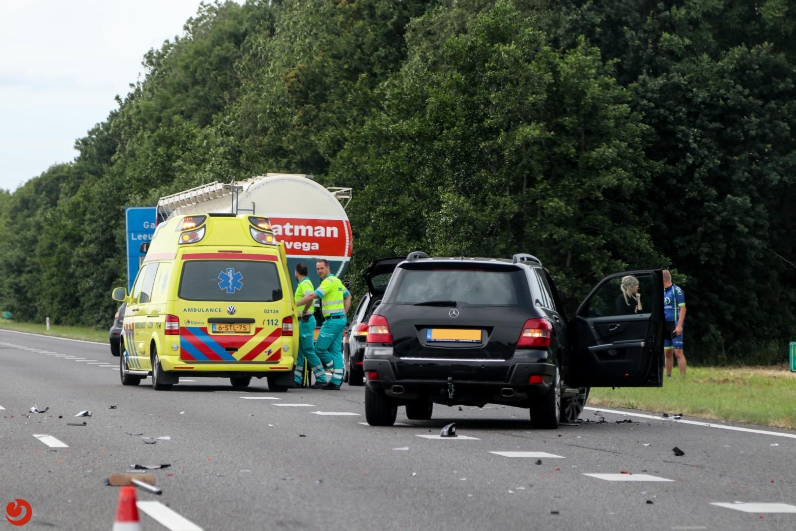 Twee gewonden na ongeval met vrachtwagen op de N31