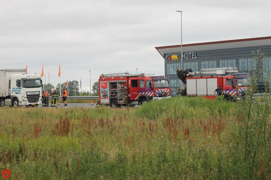 N31 Werpsterhoek tijdelijk dicht na ongeval met vrachtwagen