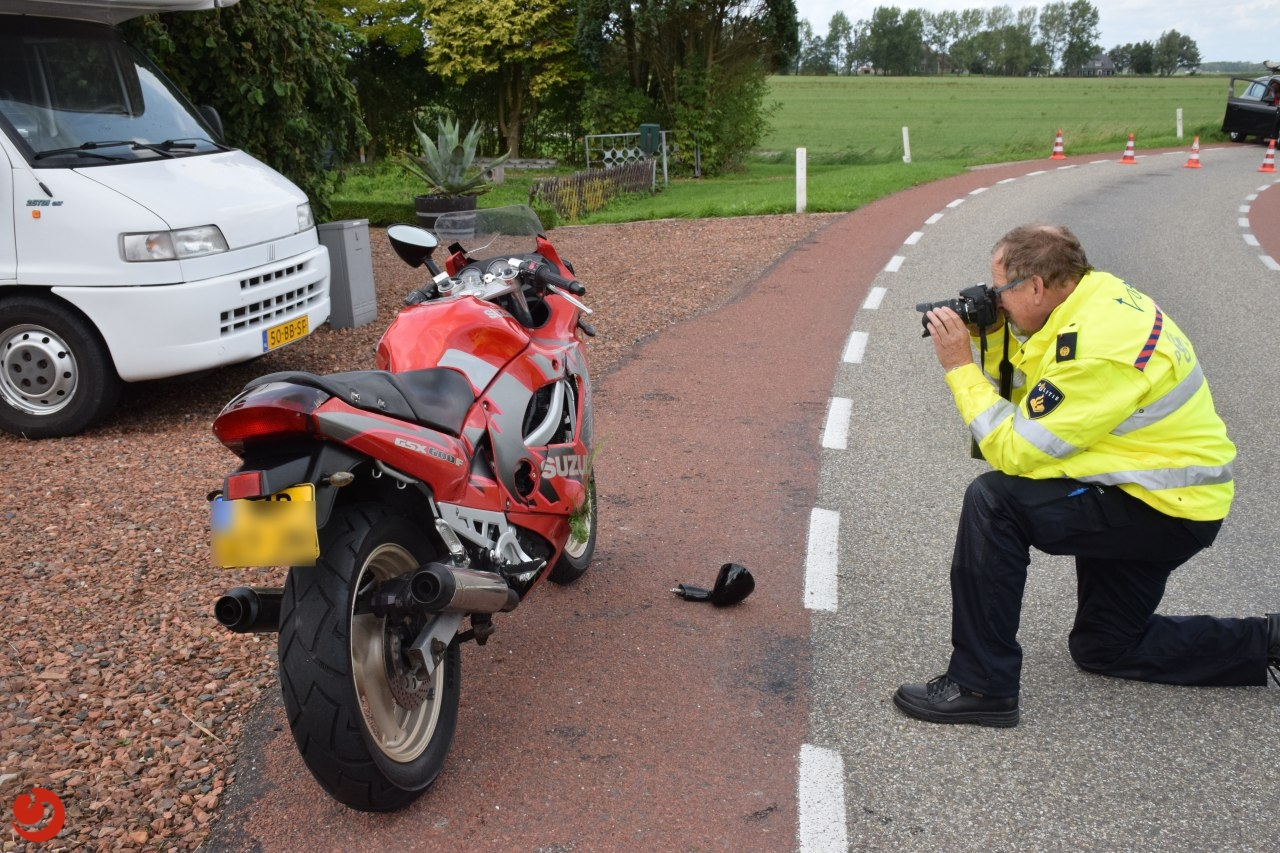 Motorrijder gewond na botsing met auto