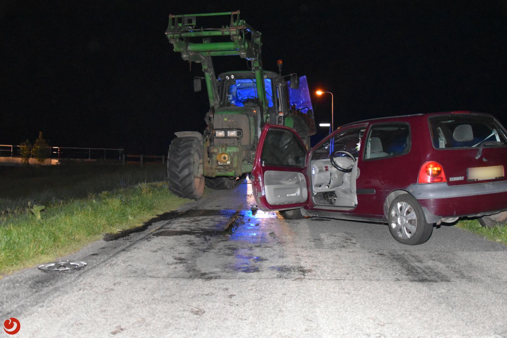 Vrouw gewond bij botsing met tractor