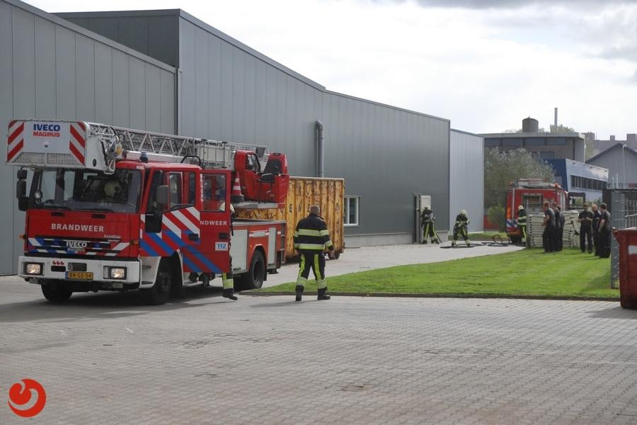 Brand in afzuiging bij houtfabriek