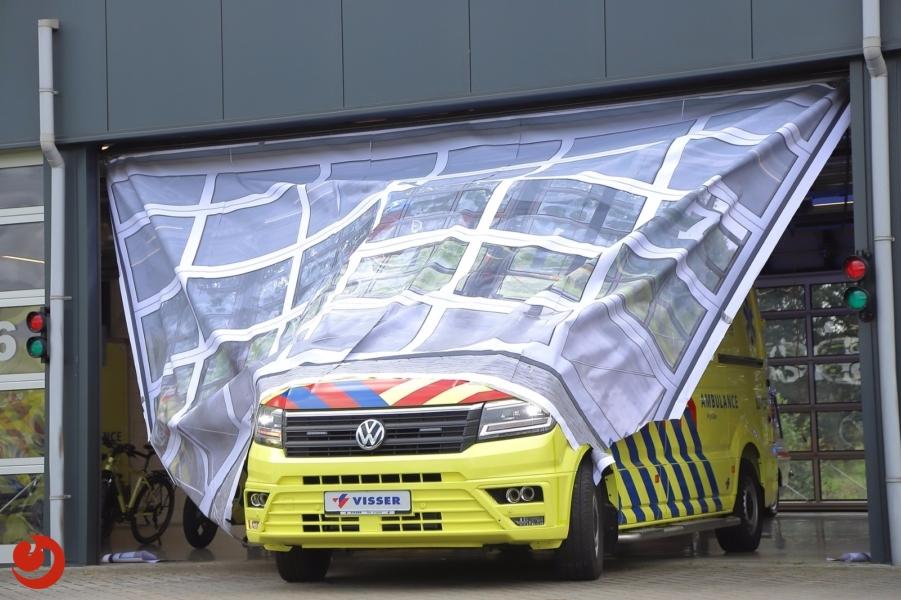 Kijlstra vernieuwd wagenpark met VW Crafter ambulances