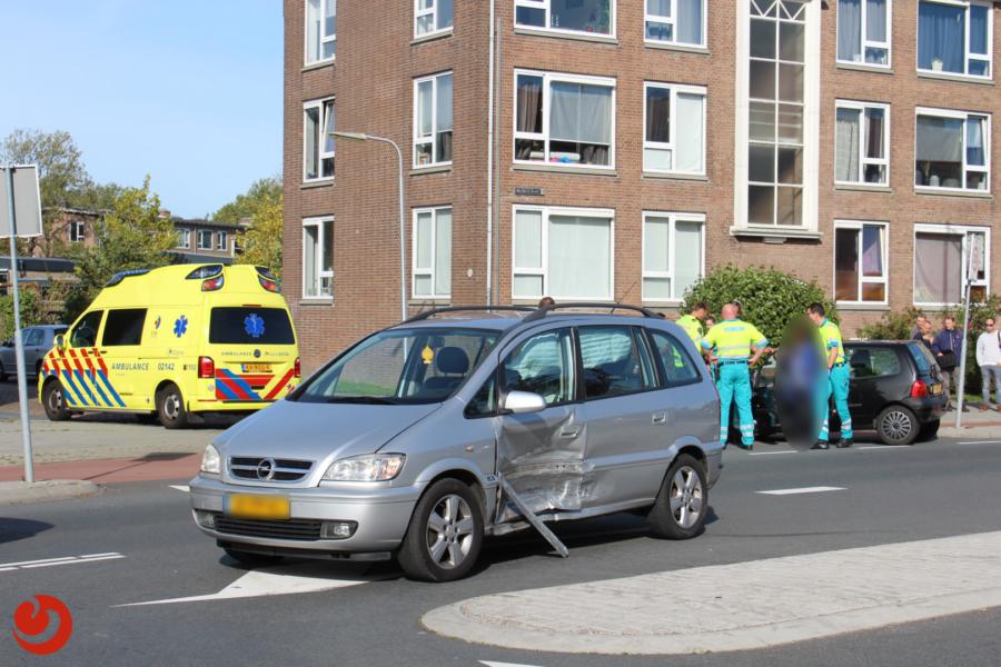 Forse schade bij aanrijding twee auto's