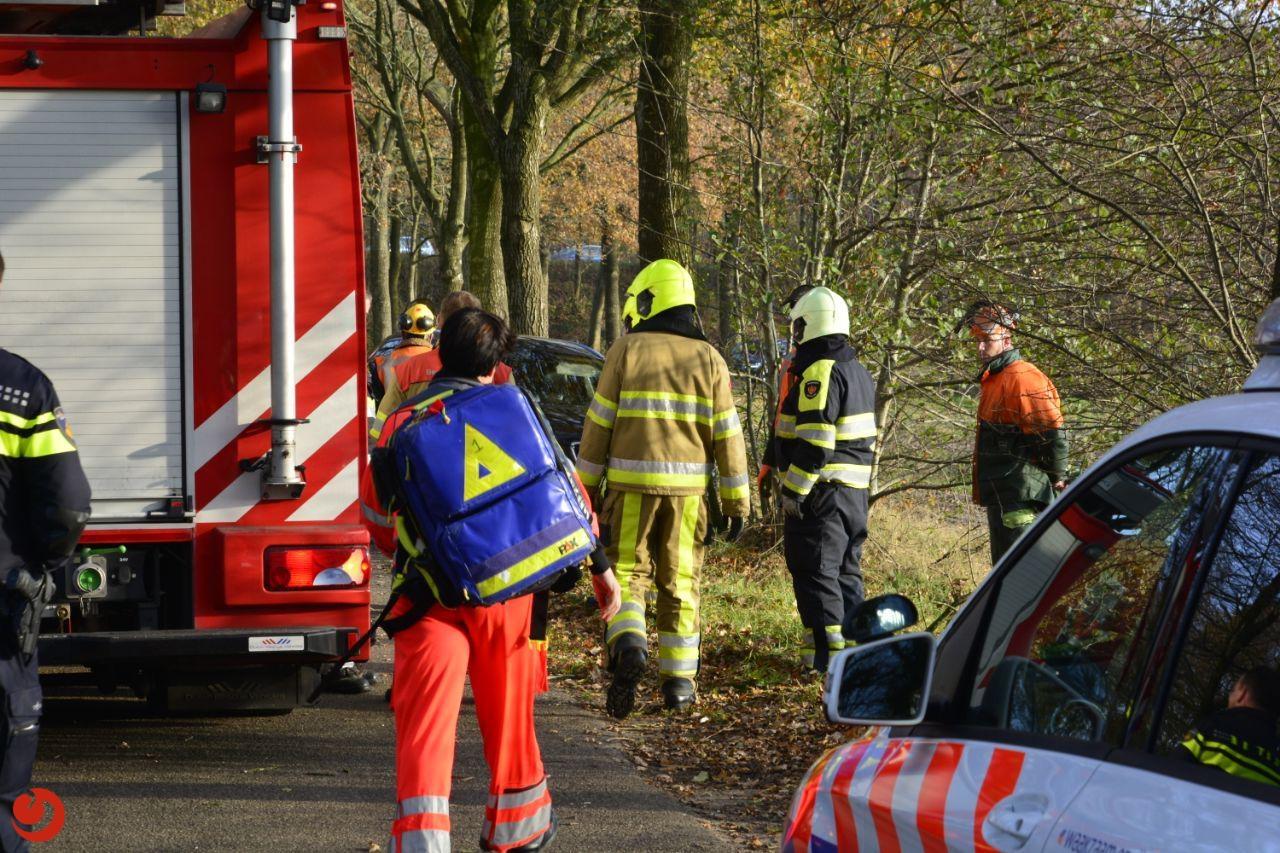 Automobiliste ernstig gewond bij botsing