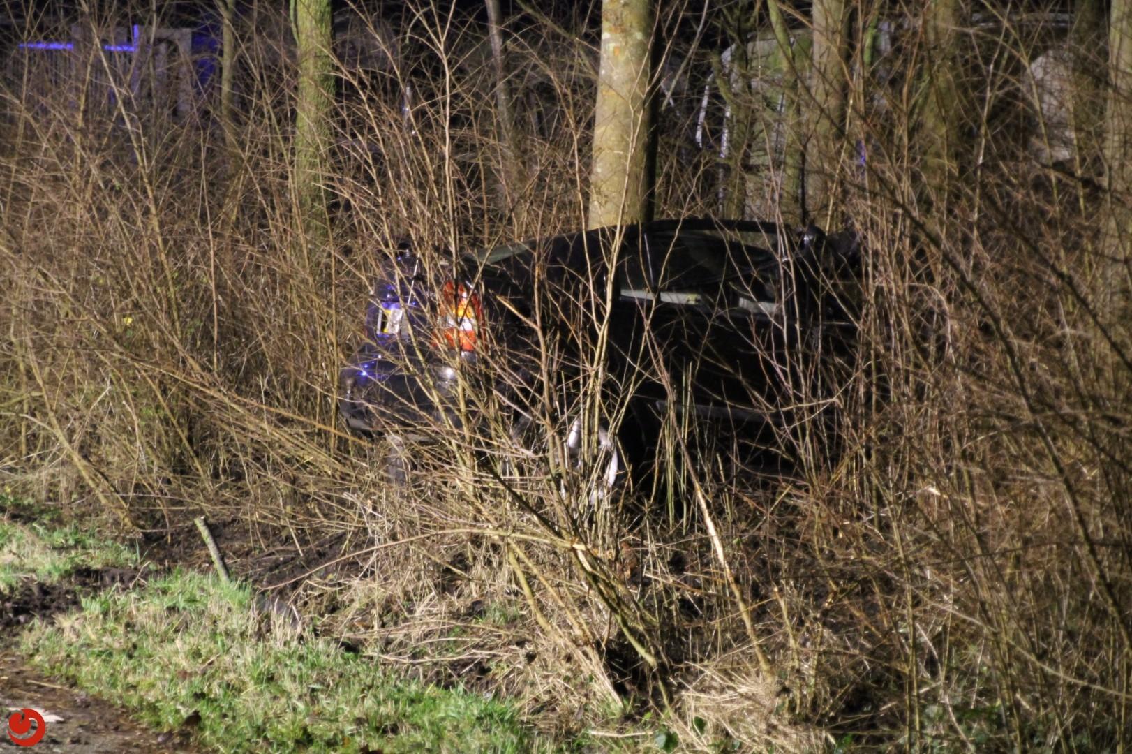 Ernstig gewonde bij eenzijdig ongeval N384
