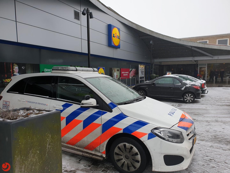 Supermarkt tijdelijk dicht na verdachte situatie