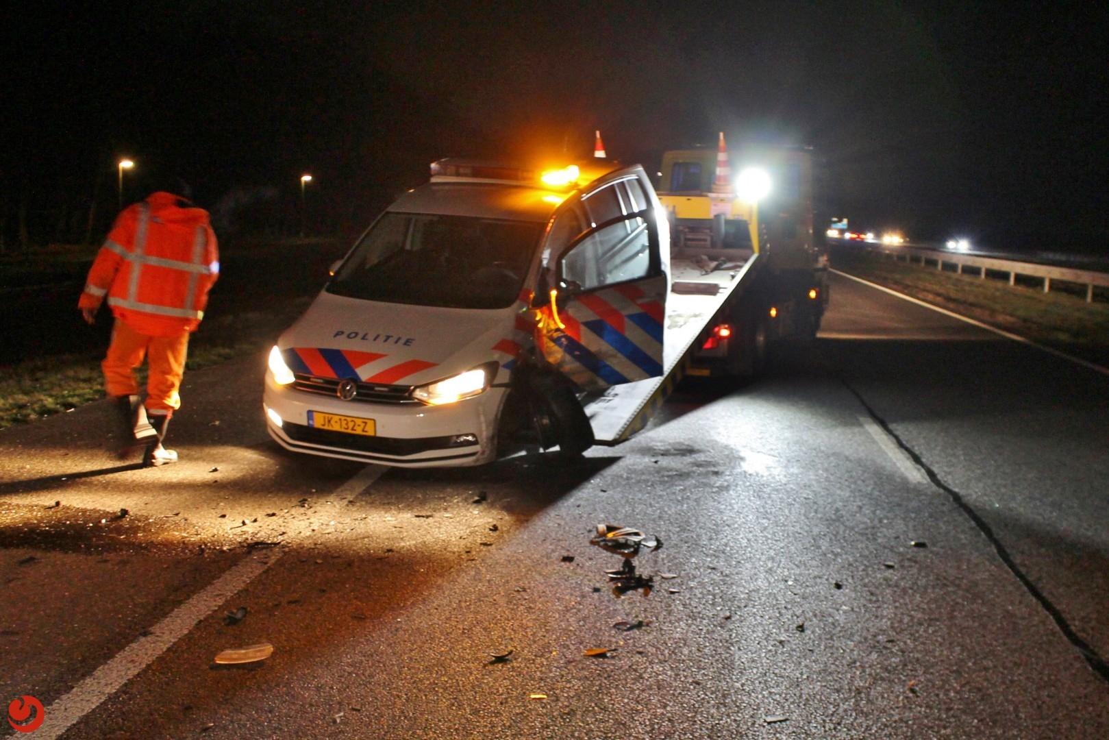 Automobiliste knalt op politiewagen