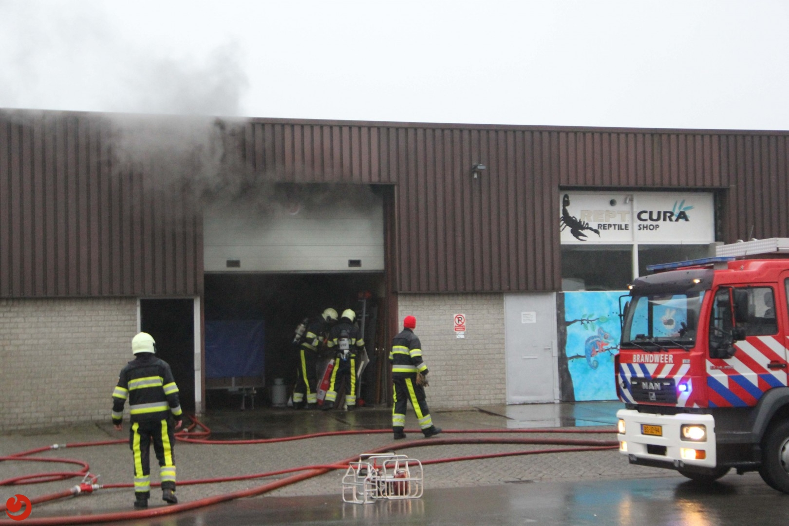 Brand in loods