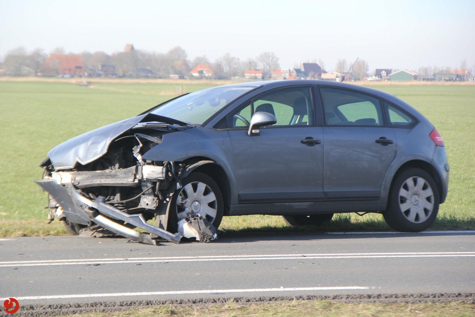 Ongeval tussen twee auto's N354