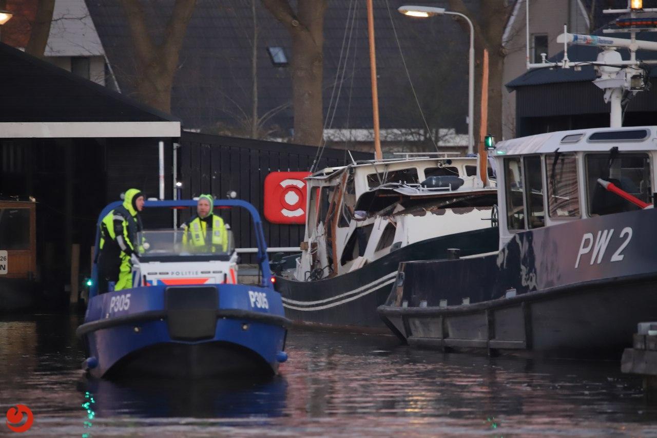 Dode man aangetroffen in zwaar beschadigde boot