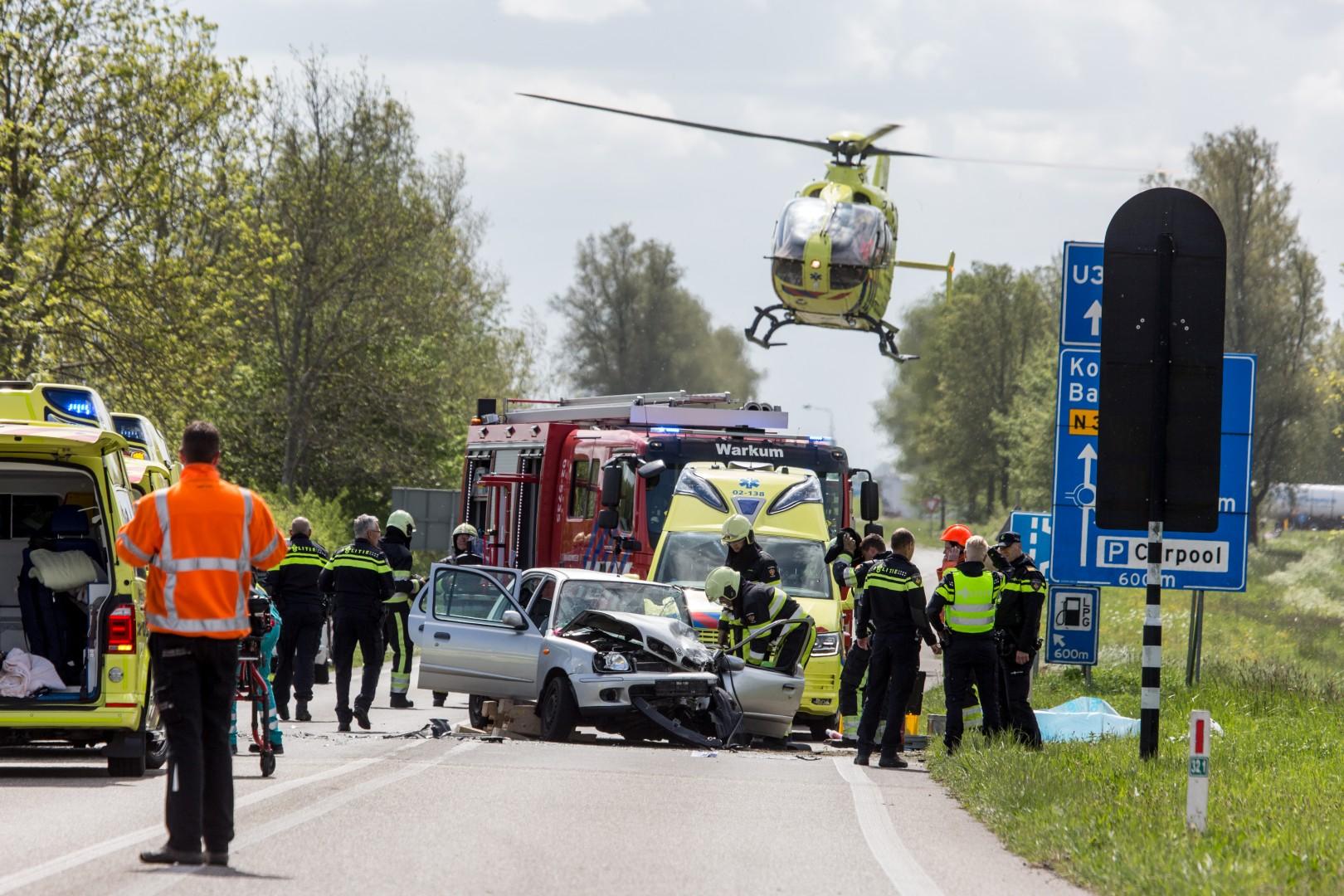 Twee gewonden bij ernstig ongeluk