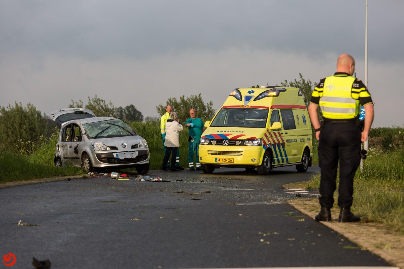 Automobilist raakt gewond bij eenzijdig ongeval