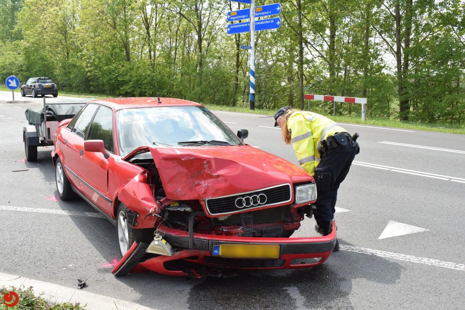 Auto met aanhanger botst achterop auto – N358