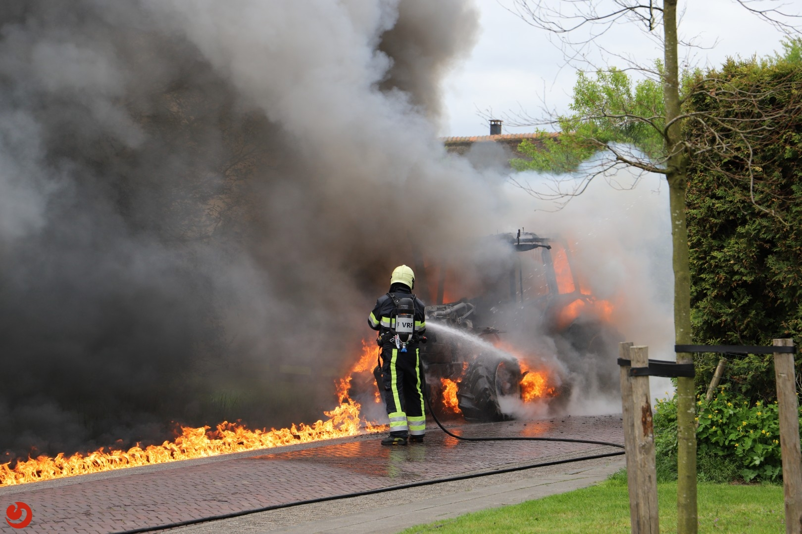 Tractorbrand in wijde omtrek te zien