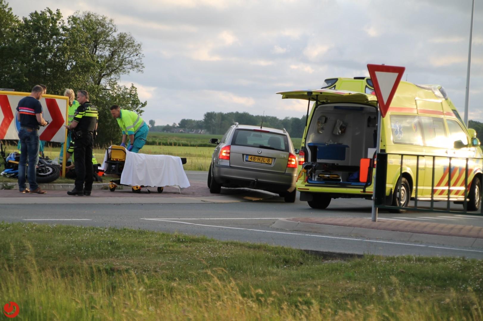 Motorrijder gewond na botsing met bord