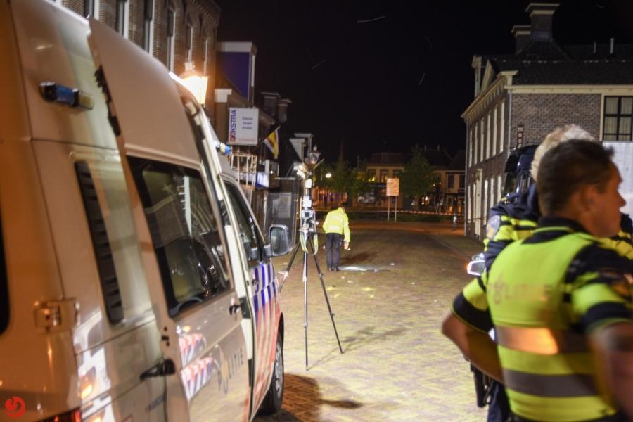 Voetganger zwaargewond na botsing met bromfietser