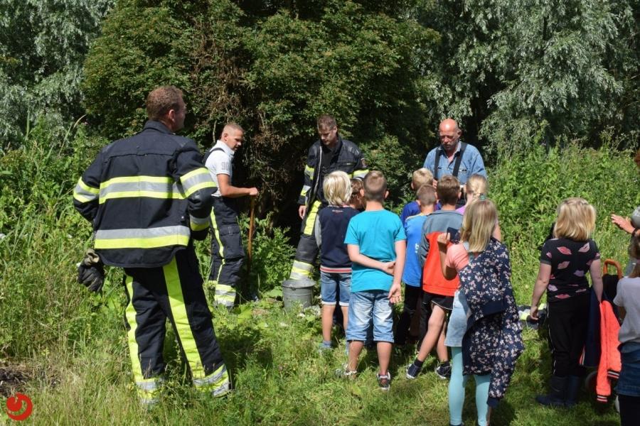 Schoolklas ontdekt brand in Rinsma Pôle